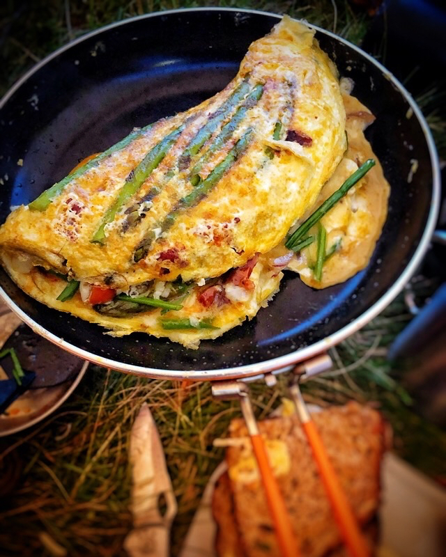 Making an omelette with the Jetboil Summit Skillet