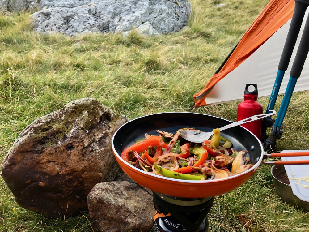 Campstove fajitas with the Jetboil Summit Skillet